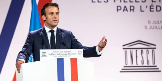 Christophe Petit Tesson/Pool via REUTERS