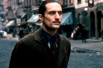 Де Ниро в роли молодого Вито Корлеоне Кадр: «Крестный отец 2»